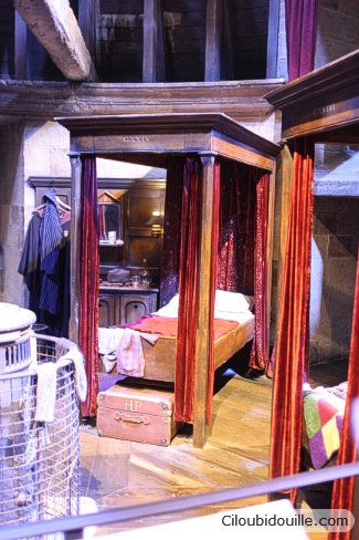 chambre de harry potter à Poudlard