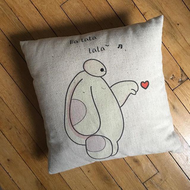 J'ai envie d'une Saint-Valentin avec mon oreiller #fatigue #malade #rouléeenboule