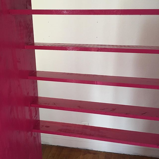 Peinture dans la chambre de Siloë ! Ce sera bientôt fini ! J'aime tellement quand ça avance.