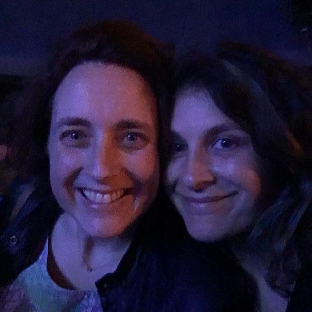Ce soir on pouvait se tromper... une Cécile et une Céline au concert de l'islandaise Sóley #divandumonde (vous aussi, on vous prénomme souvent autrement ?)