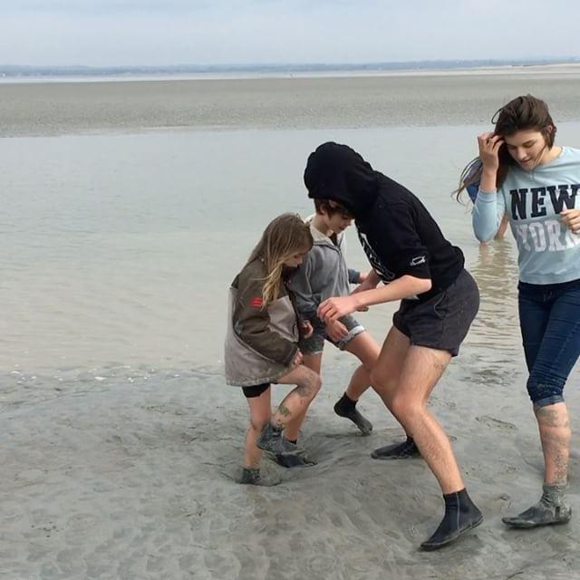 La danse des sables mouvants (pour les révéler) #montsaintmichel #ciloubidouillesorties
