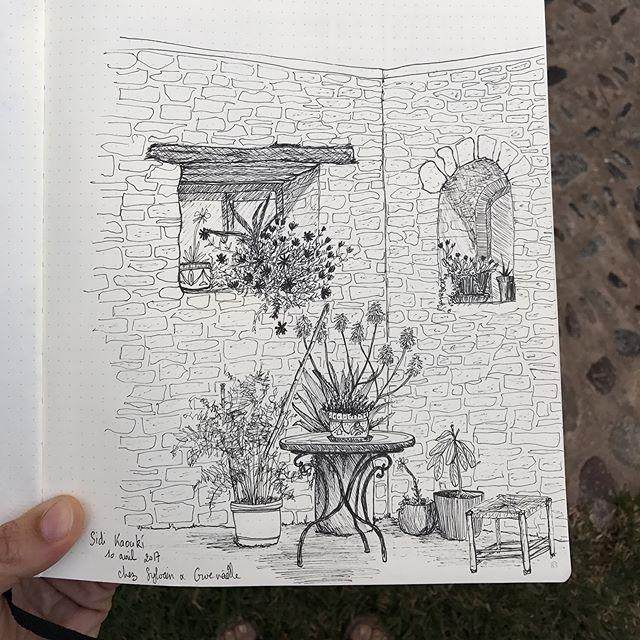 Je dessine la superbe maison marocaine de mon cousin #maisondhotes #essaouira #ciloubidouilleauMaroc