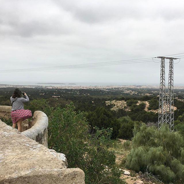 Essaouira sous un ciel gris et beaucoup de vent ^^ #essaouira #ciloubidouilleauMaroc