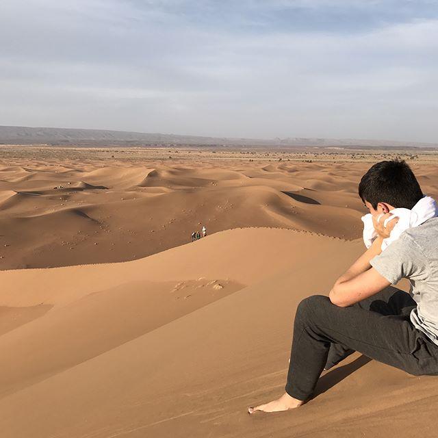Le sable... partout... plutôt magique ! #désertmarocain #chegaga #ciloubidouilleauMaroc #maroc