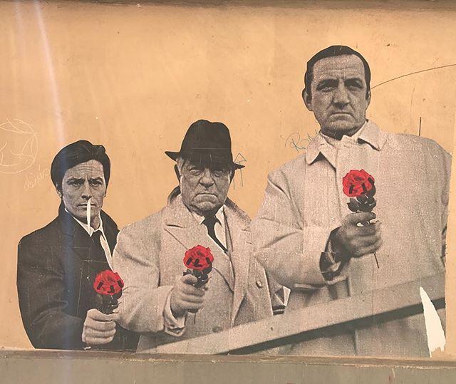 L'important c'est la rose #streetart #montmartre #paris
