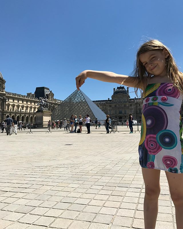 Les photos de touriste qu'on adore ! ^^ #paris #parisjetaime