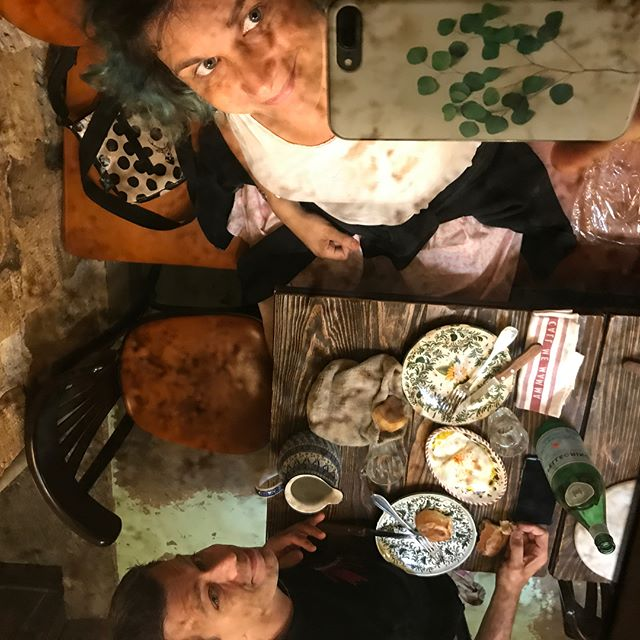 Dejeuner au Big Love Caffè (paris 3), restau italien de très grande qualité. Zéro réservation, prix corrects, super déco, très bon accueil... bref on s'est régalés et on recommande !