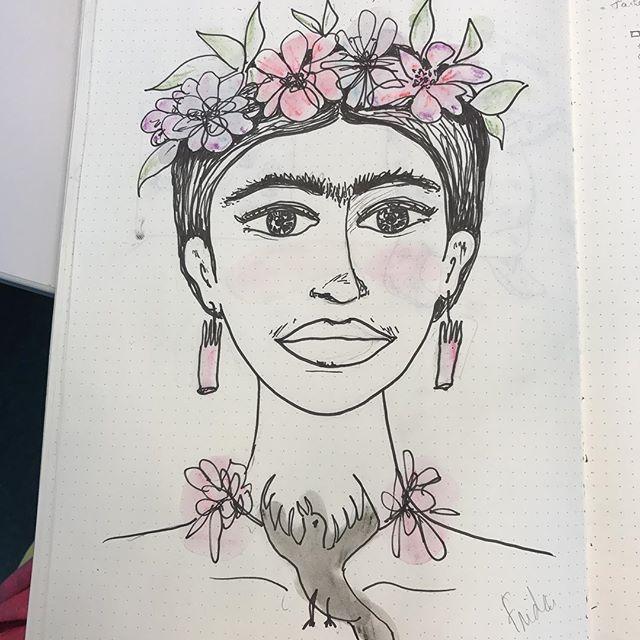 Une Frida, pour ma petite soeur. Nous deux, on est reliées comme ses sourcils ^^ !