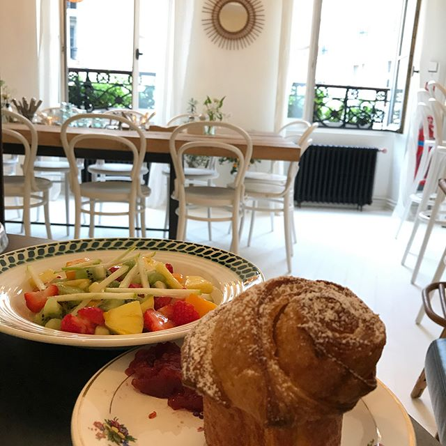 Super pause gourmande chez @restaurant_marcelle dans le quartier des Halles, en face de Mora. #ciloubidouillesorties
