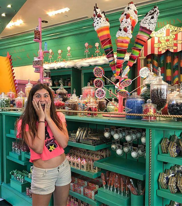 Dans Honey Dukes, le paradis du sucre des sorciers ! #losangeles #universalstudioshollywood #ciloubidouilleinUSA
