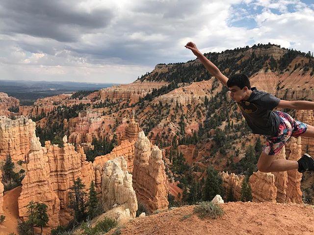 Mon superman à Bryce Canyon (appelé également Fairyland) #brycecanyon #brycecanyonnationalpark #ciloubidouilleinUSA