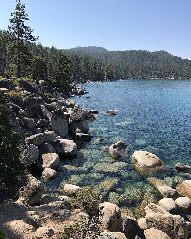 Les eaux claires du lac Tahoe #laketahoe #tahoe #ciloubidouilleinUSA