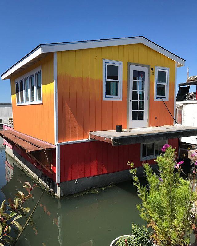 Les maisons sur l'eau de Sausalito, ancien village hippie habité maintenant par des hipsters :) #sausalito #ciloubidouilleinUSA