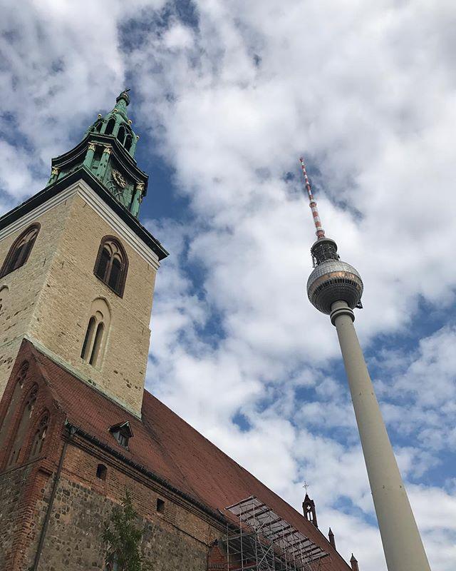 Mélange de genres berlinois #ciloubidouilleinberlin #berlin