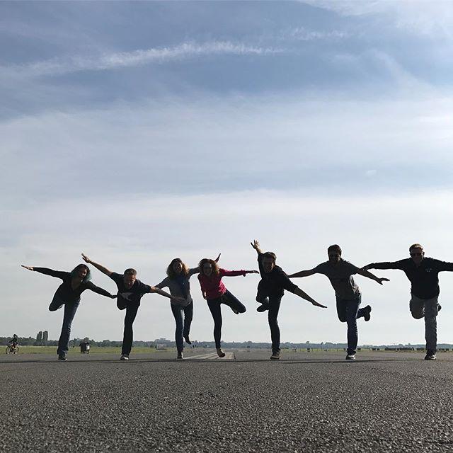 On décolle sur la piste de l'aéroport abandonné de Tempelhof #berlin #ciloubidouilleinberlin #tempelhof