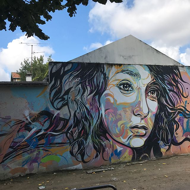 Coucou le street art de Vitry ! Et merci pour le dej Mel !! #streetart #vitryvitlestreetart