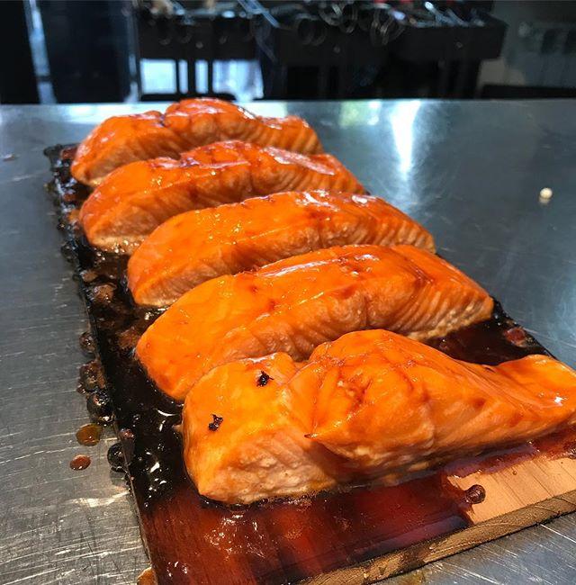 Saumon laqué cuit au barbecue weber :)
