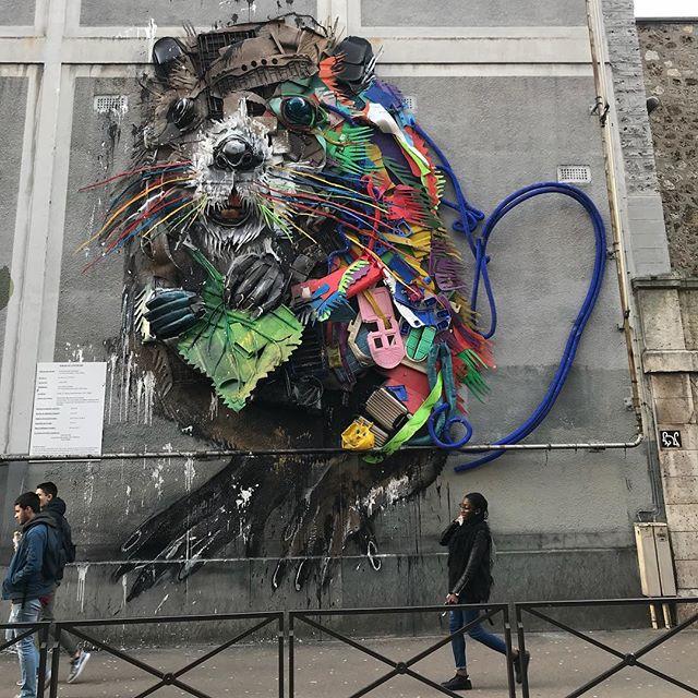 Nouvelle fresque de fou vers Bibliothèque !