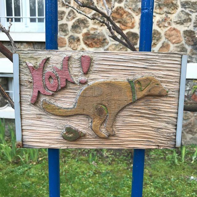Le voisin fait passer ses messages avec art... j'adore !