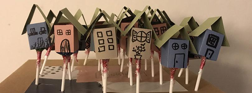 maison en papier pour décorer des sucettes