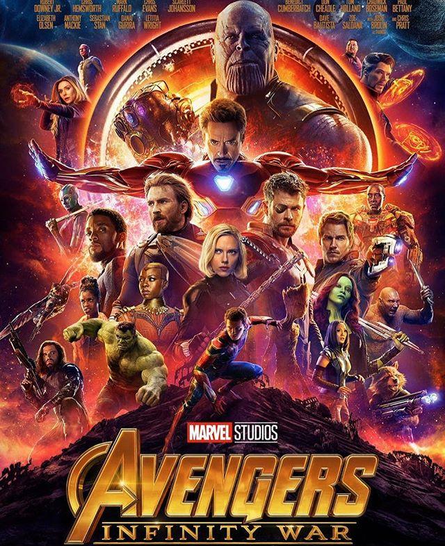 Je suis allée voir le dernier Avengers et sans surprise, ça m'a bien plu. J'ai aimé revoir tous ces héros connus et familiers, j'ai aimé le sérieux (relatif) de cet opus, j'ai aimé la fin, j'ai aimé le méchant. Je n'ai rien pigé au bonus. Je ne suis pas critique de ciné hein, surtout que je me classe dans une catégorie bon public pour ce genre de film, mais oui, j'ai passé un chouette moment ! #avengersinfinitywar #avengers #infinitywar #ciloubidouillesorties