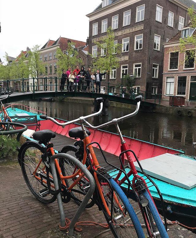 Je ne sais pas si il existe une ville de Hollande moche... #hollande #leiden #cilouenhollande