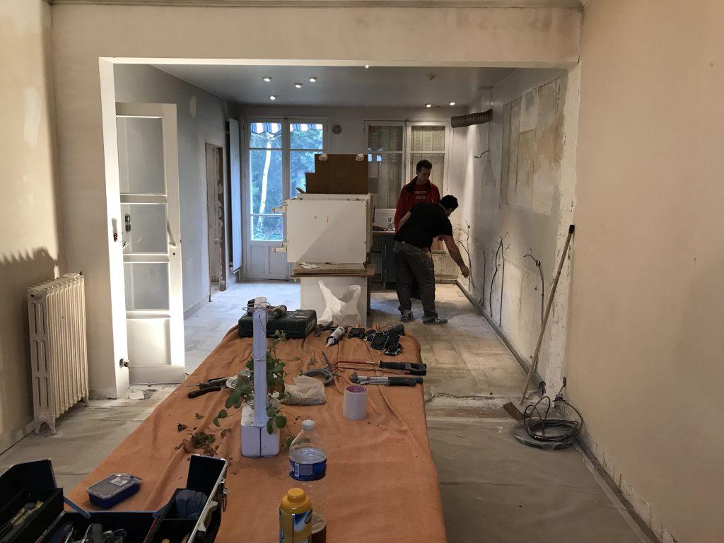 mur cassé entre cuisine et salle à manger