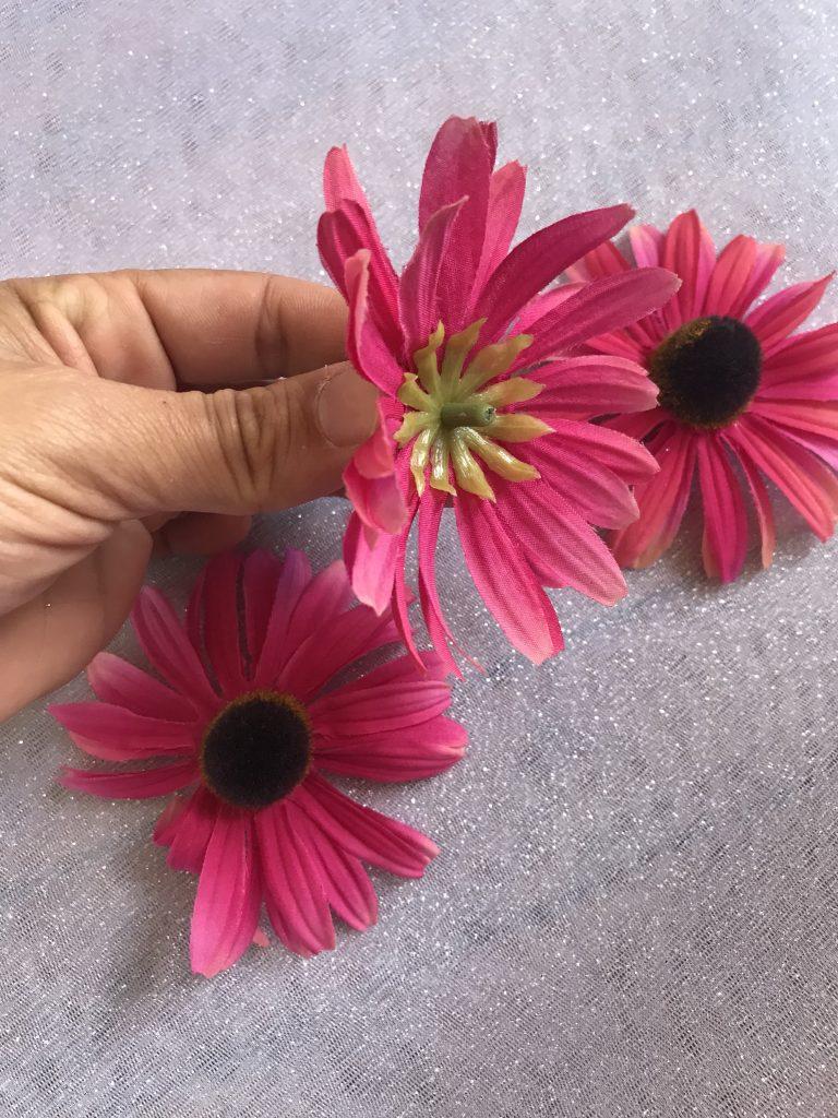 Tutu lumineux - fleurs plastiques
