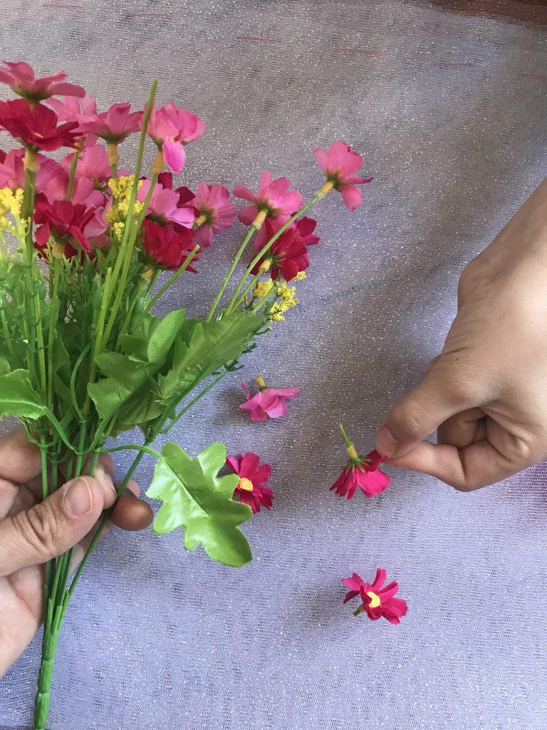 Tutu lumineux - fleurs en plastique
