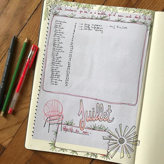 Bullet Journal - je continue cette aventure avec des périodes d'utilisation plus ou moins denses. J'en suis à mon second carnet et j'ai à nouveau opté pour un format xl du @leuchtturm1917. Je suis loin de la tendance minimaliste, je  pense naviguer entre le journal créatif et le bullet. Ca me convient totalement. J'ai beaucoup de joie à feuilleter les pages colorées de mes cahiers. Et vous ? Vous bujotez ? Un petit peu, passionnement, pas du tout ? #ciloubidouillebujo #bujo #bulletjournal