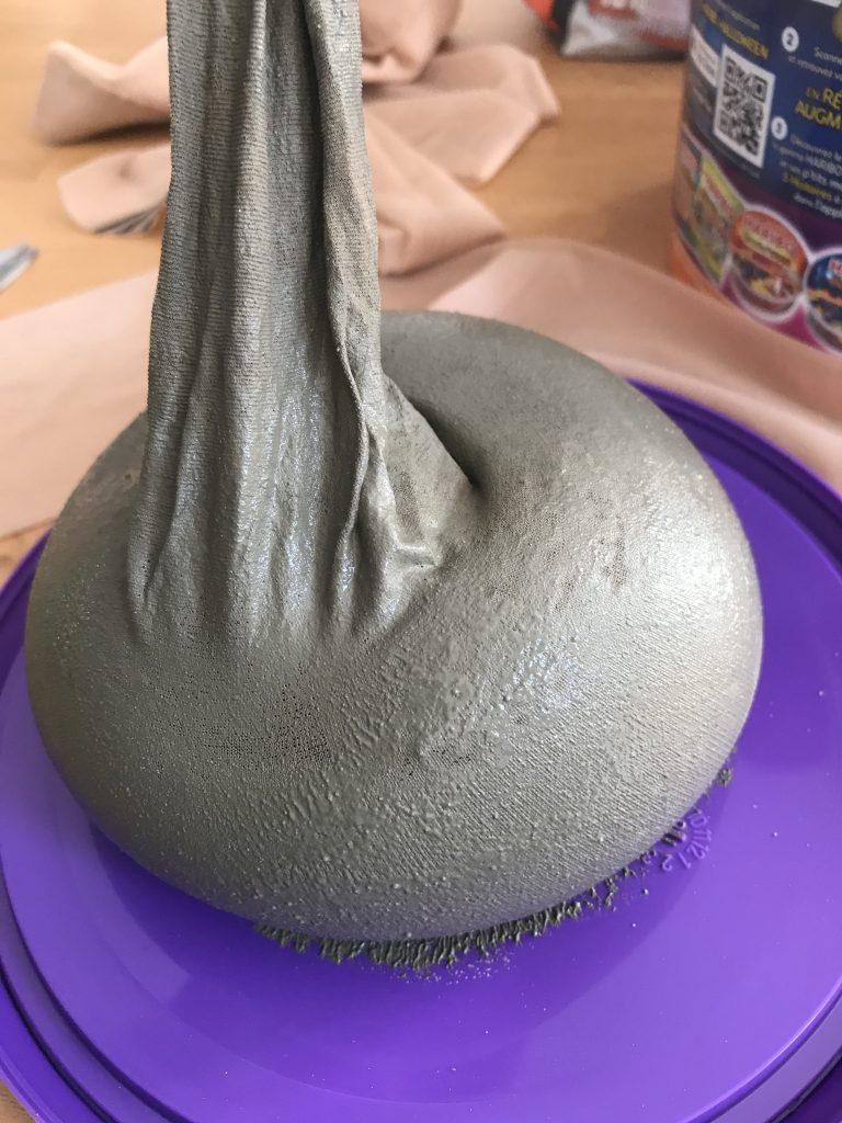 Citrouille en béton - remplissage