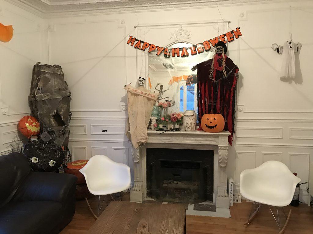 Décoration d'Halloween - cheminée