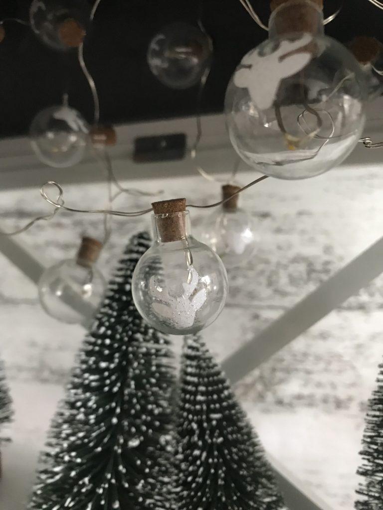 calendrier de l'avent dans une lanterne - guirlande lumineuse