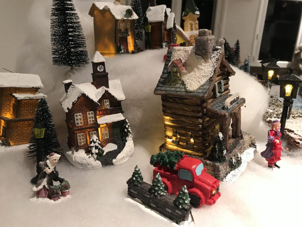 village de Noël facile : détail de la décoration