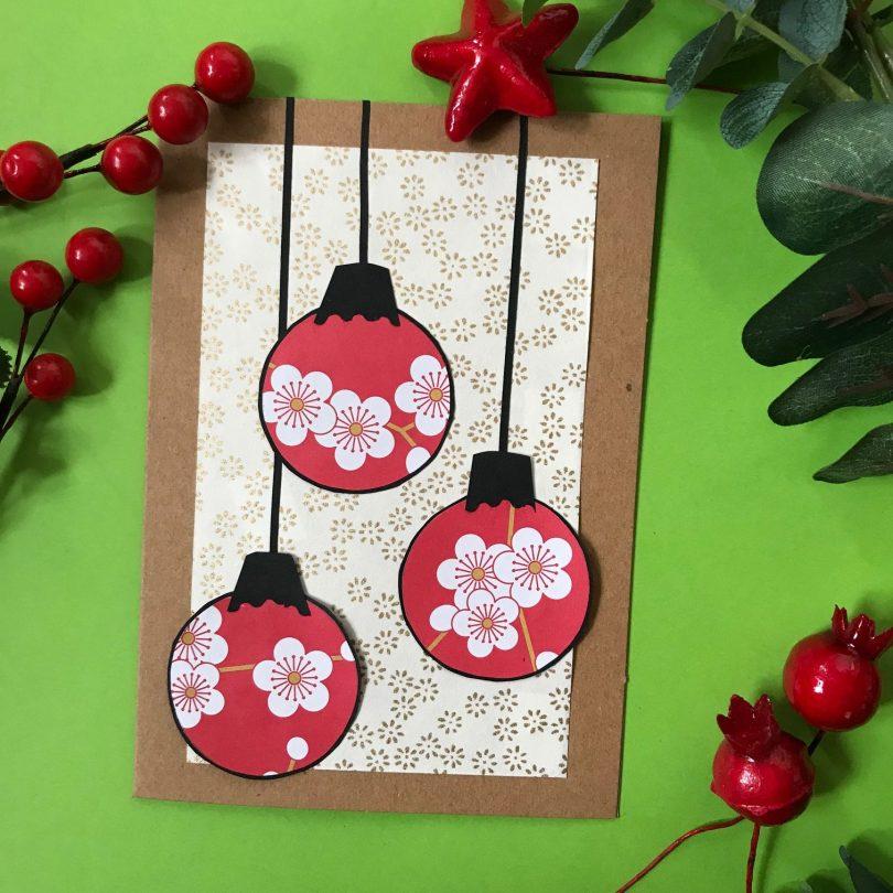 atelier pour apprendre à faire des cartes de Noël en papier