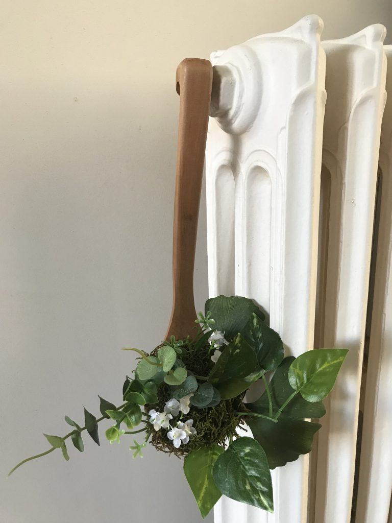 louché transformée en pot de fleurs