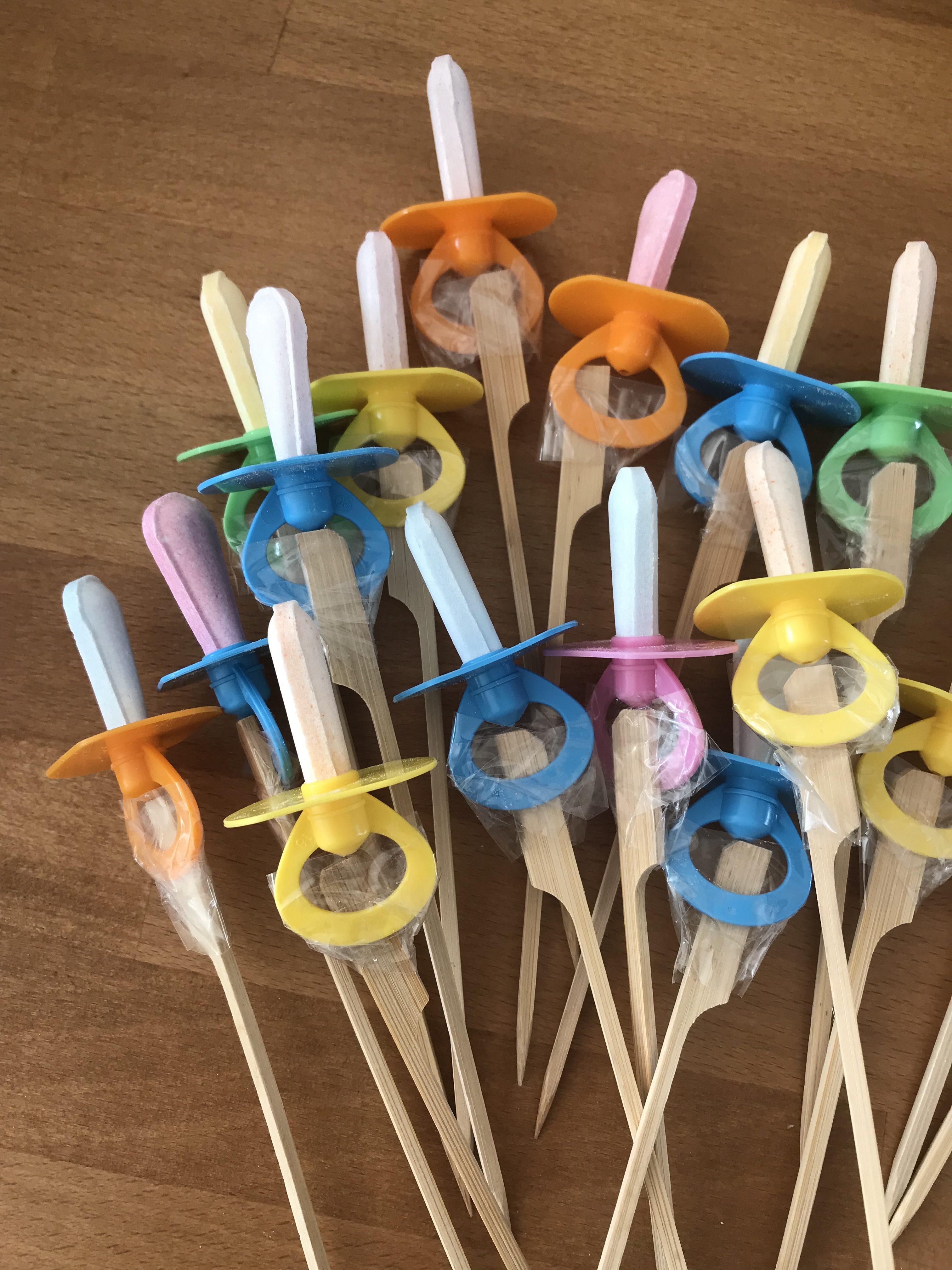 17 tétines pour fabriquer un bouquet surprise