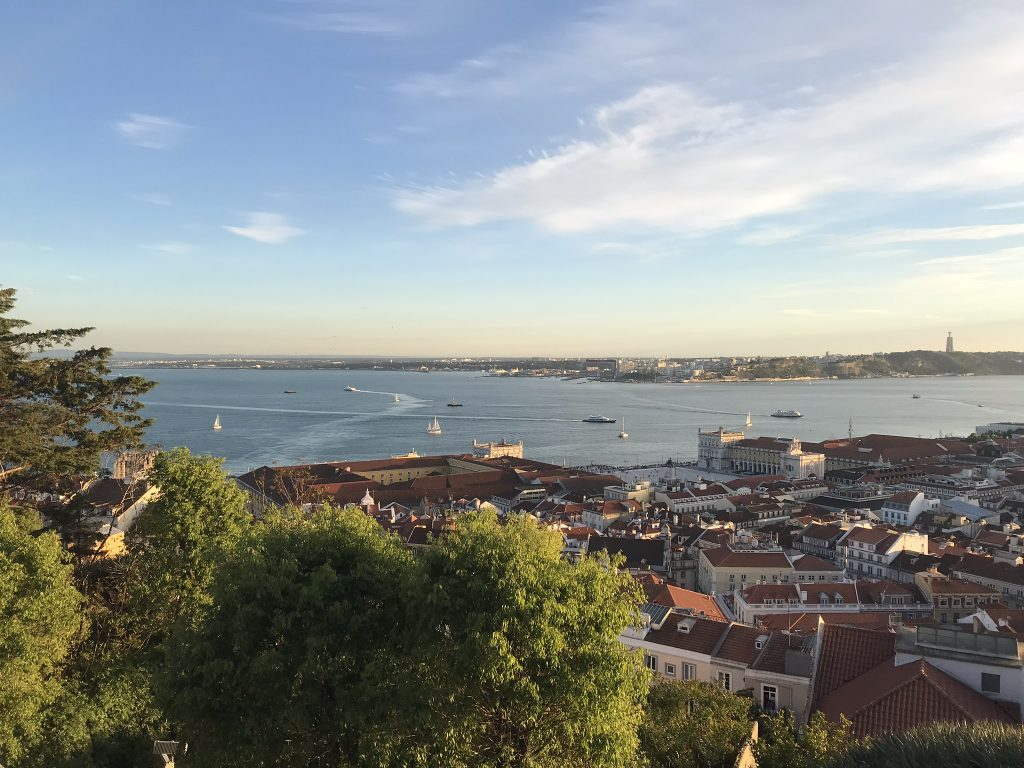 vue du chateau saint george lisbonne