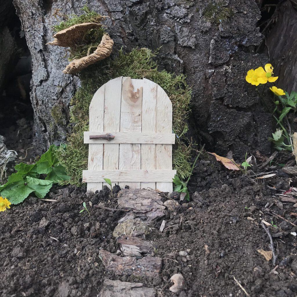 fabriquer une fausse porte pour les souris