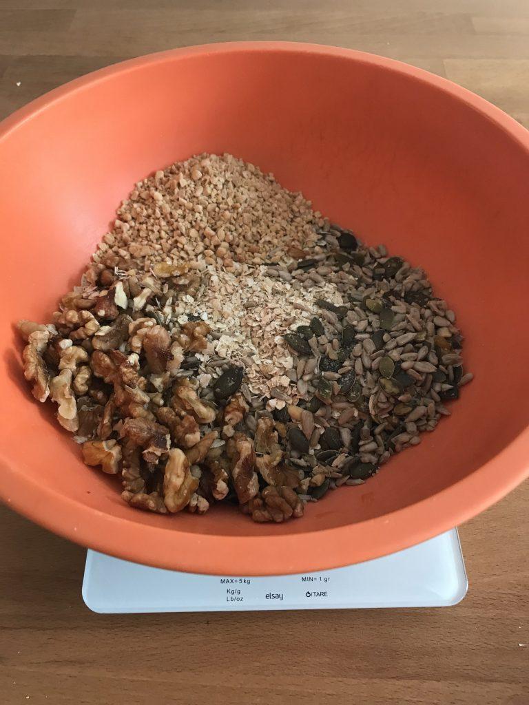 rassembler les graines du granola