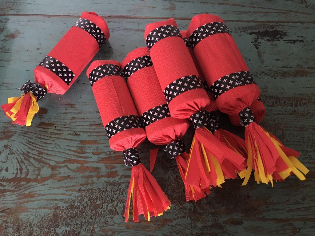 tuto bâtons de dynamite piñata