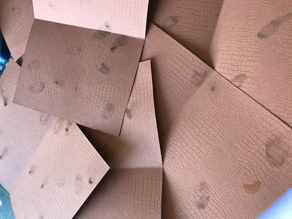 rajouter des empreintes sur le papier