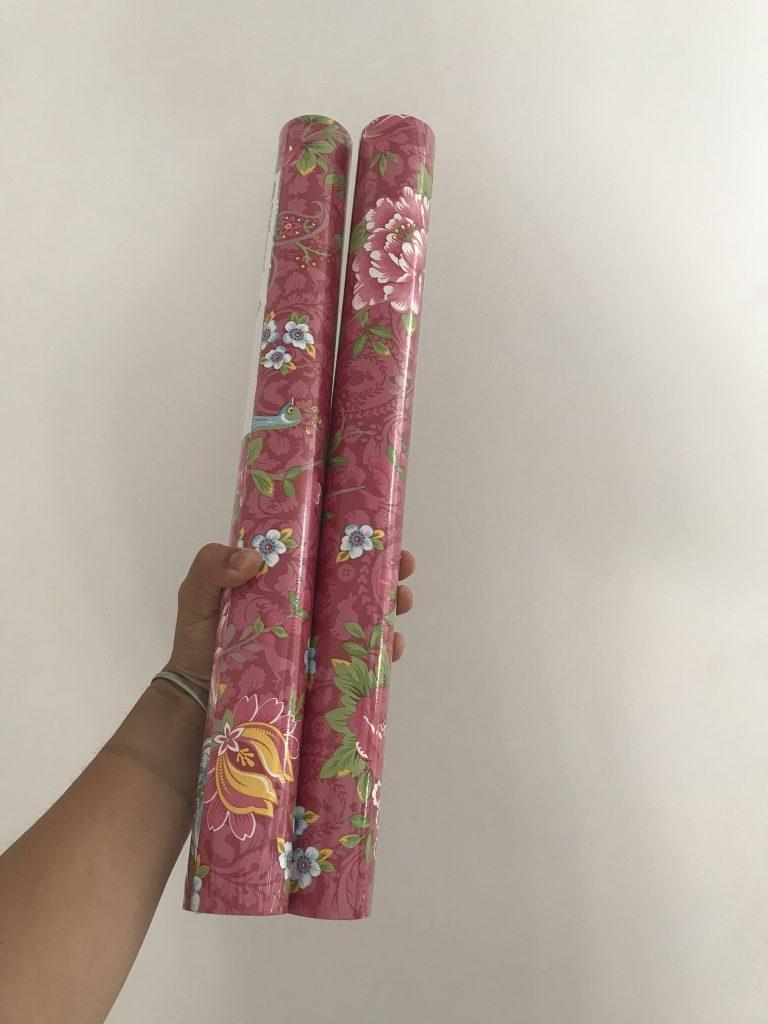 rouleaux de papier peint fleuri