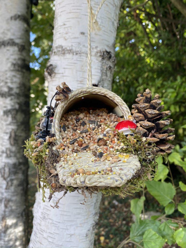 mangeoire à oiseaux faite maison