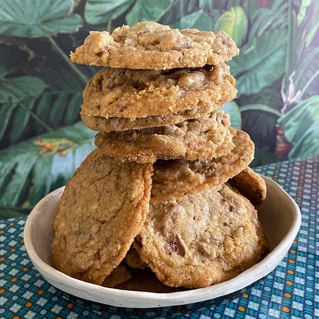 J'adore avoir des enfants qui cuisinent ! Voici les cookies Laura Todd de Siloë. La recette est sur le blog depuis 2012 ! Et au vu de la centaine de commentaires, je sais qu'elle a beaucoup de succès ! Lancez-vous ! #lesrecettesdeciloubidouille #cookieslauratodd  #cookies #jemangecequejecuisine