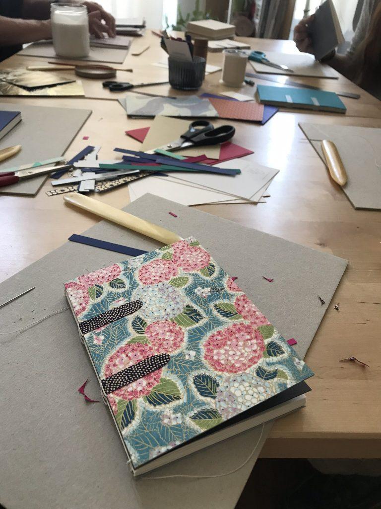 ateliers créatifs originaux : reliure