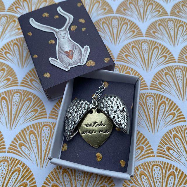 Jolie boîte pour offrir un collier