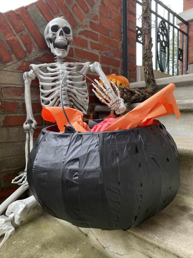 idées Halloween fabrication de chaudron