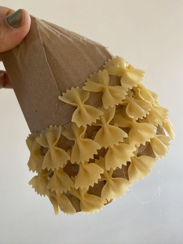 sapin de noël en pâtes alimentaires