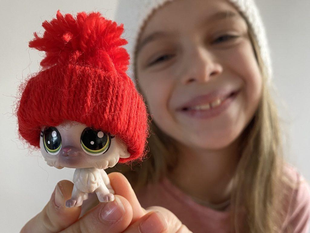 faire un mini-bonnet pour poupée